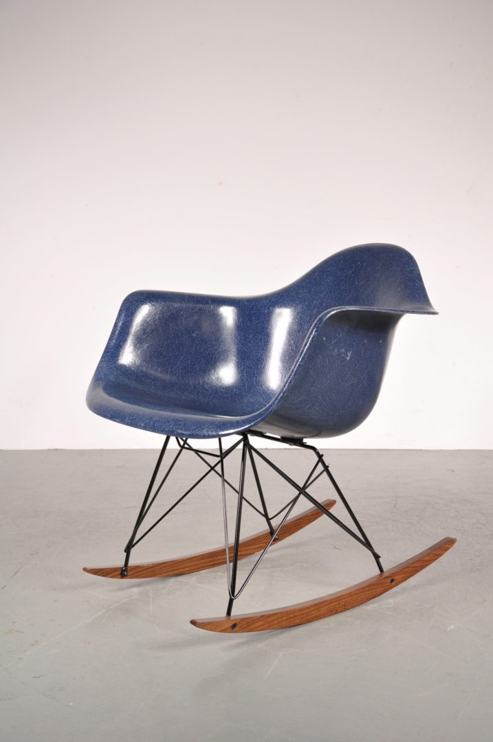 Amazing 1960u0027s Lovely Styled Rocking Chair With Blue Fiber Glass Shell On Metal  With Wooden Base