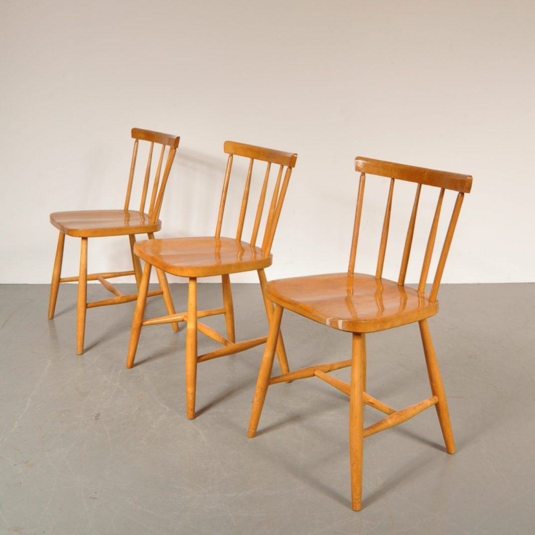 1950's Lovely styled birch dining chair Produced:Akerblom / Sweden