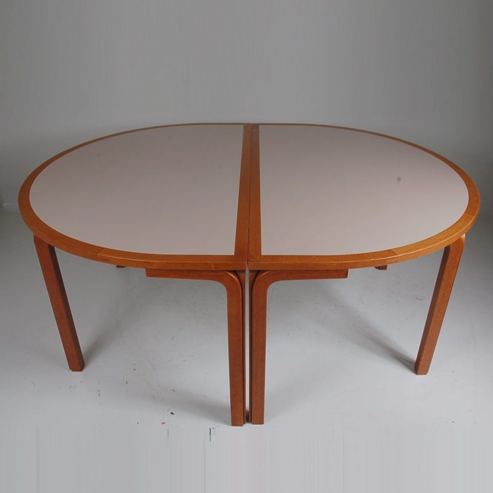 1970's good quality Danish oval dinner / conference table, exists out of 2 pieces Produced: Farstrup / Denmark Design: Ryd Thygesen & Johnny Sorensen