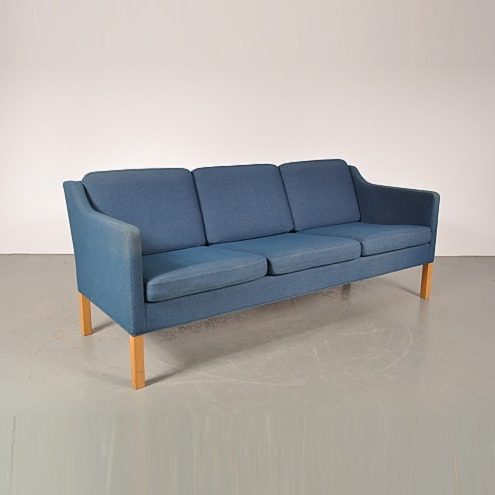 1960s Beautiful Danish three-seater sofa with blue fabric upholstery