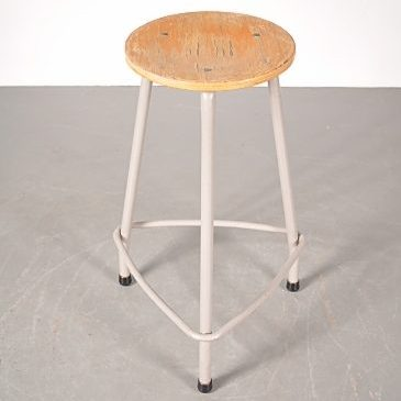1950s Industrial working stool produced by Ahrend de Cirkel in the Netherlands