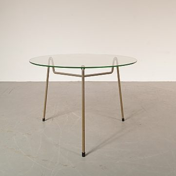 1950s Minimalistic coffee table produced by Gispen in the Netherlands