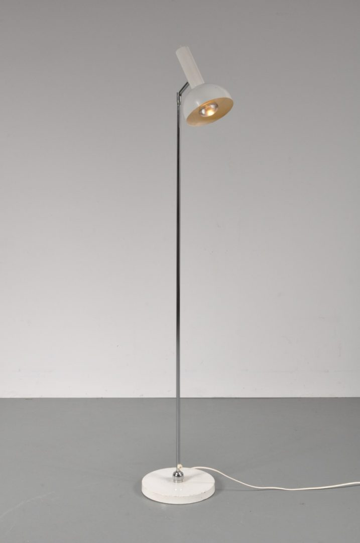 1960s Floor Lamp With Ball In Socket Joint In The Base De Vreugde