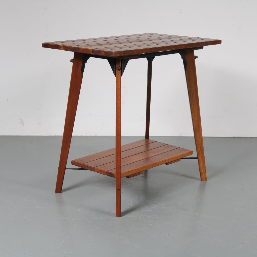 m22565 Solid teak plant table with black metal connections