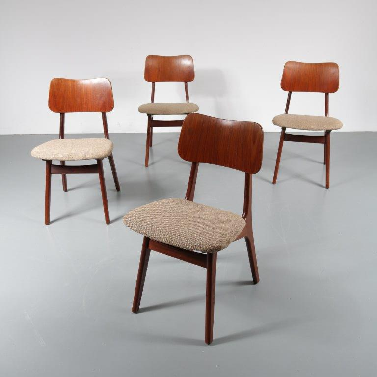 m22692 1950s Set of 4 Dutch design dining chairs in teak wood with plywood back and fabric seat Louis van Teeffelen WéBé / Netherlands