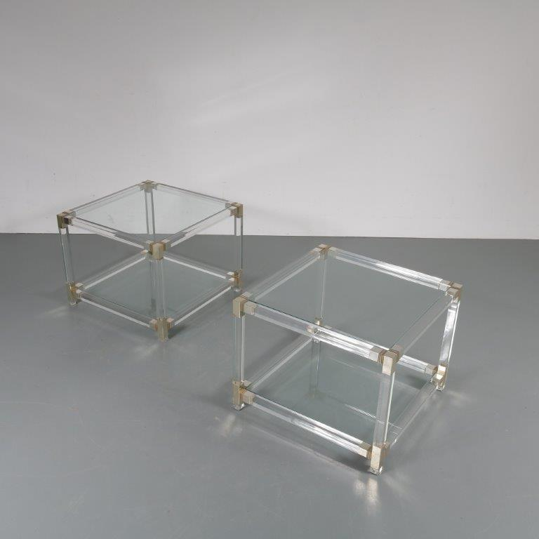 m22688 1970s Set of two luxurious side tables in plexiglass with glass tops France