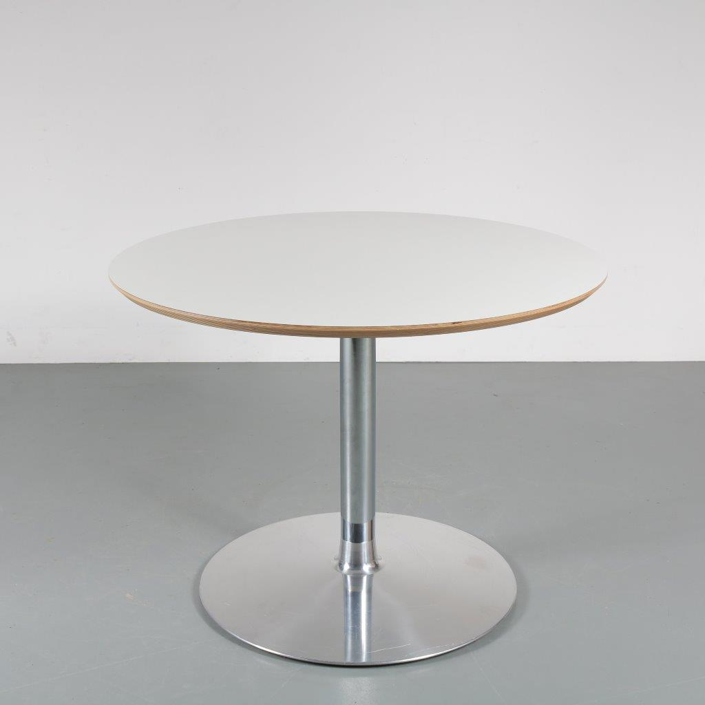 1980s Small round dining table on chrome metal base with wooden top Pierre Paulin Artifort / Netherlands