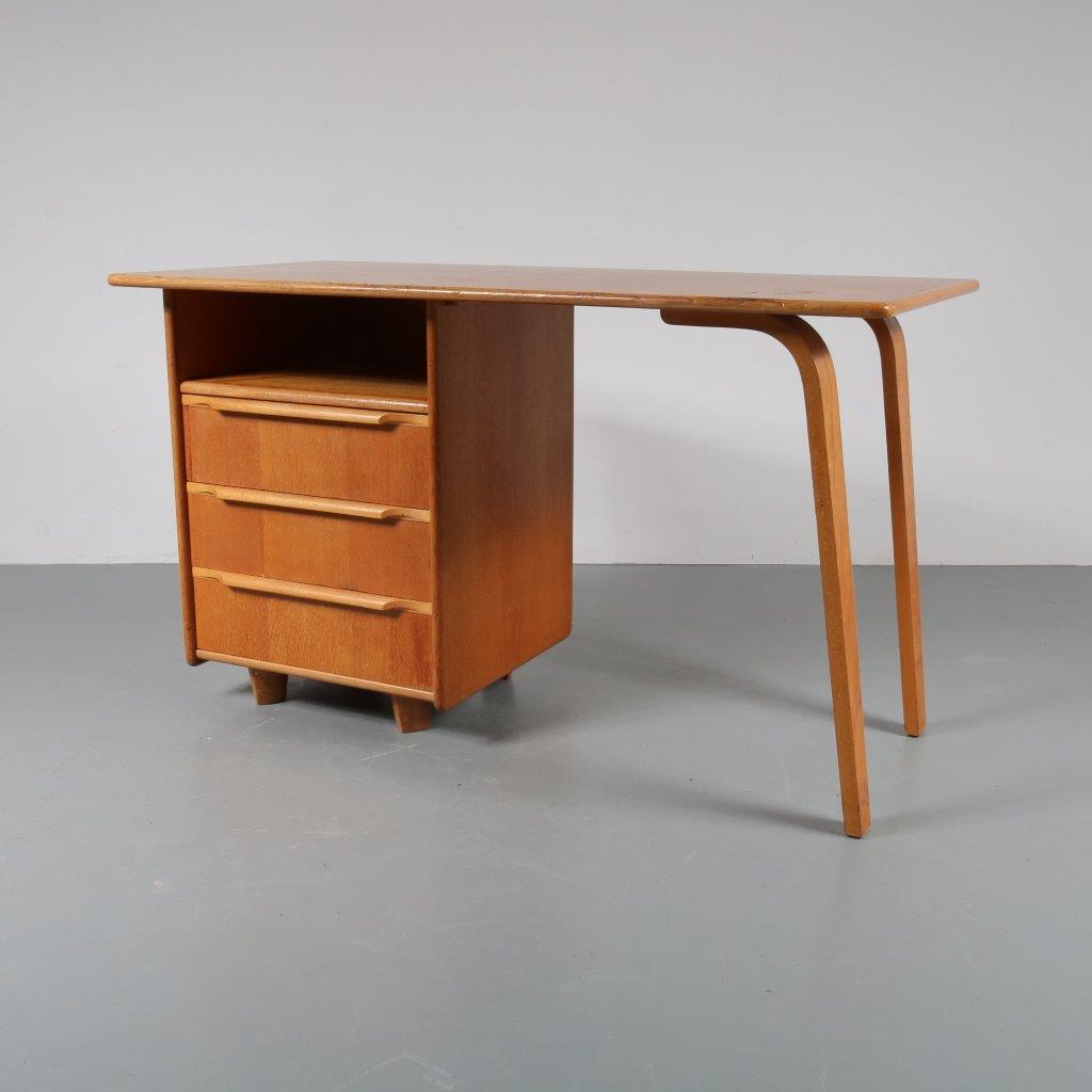 m22739 1950s Dutch design oak plywood desk Cees Braakman Pastoe / Netherlands