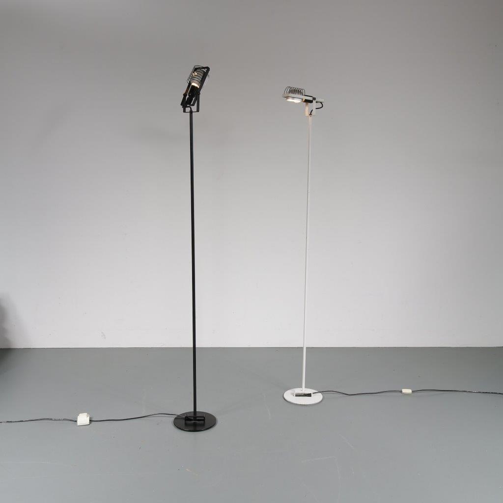 1970's Nice minimalistic styled black metal floor lamp with aluminium with black hood Ernesto Gismondi Artemide / Italy