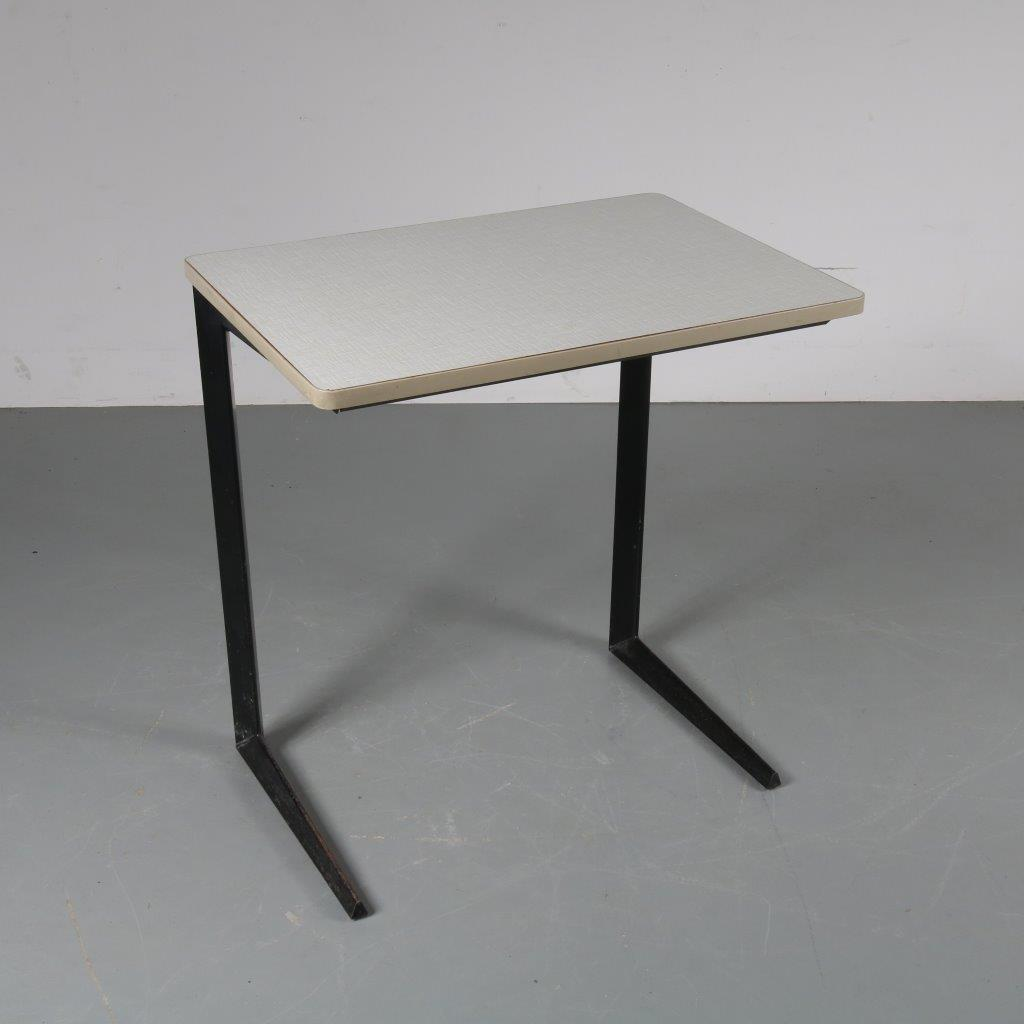m22703 1950s Industrial school table / desk Friso Kramer Ahrend de Cirkel / Netherlands