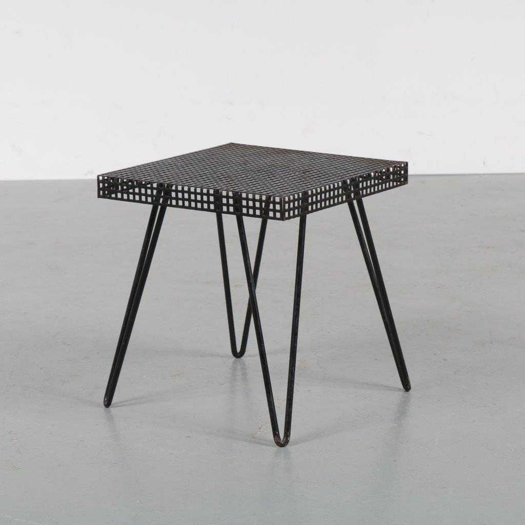 m22732 1950s Small plant table with black perforated metal top on hairpin legs Pilastro / Netherlands