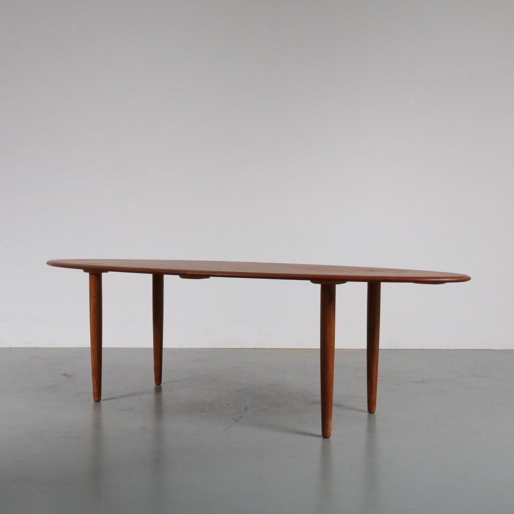 Teak Unique Coffee Table: 1807-1 (44) M22850 1950s Unique Teak Oval Coffee Table