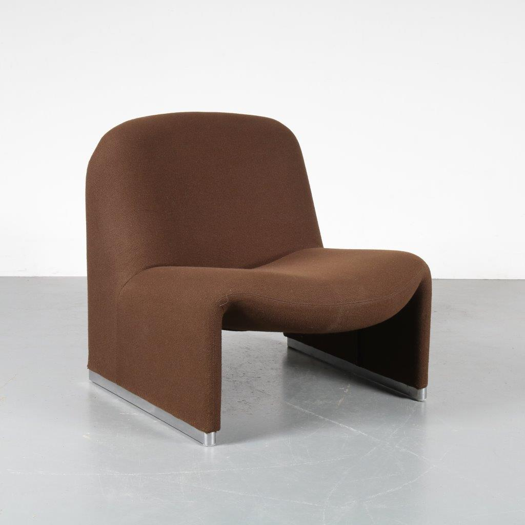 m22757 1970s Organic shaped brown easy chair model Alky Giancarlo Piretti Castelli / Italy