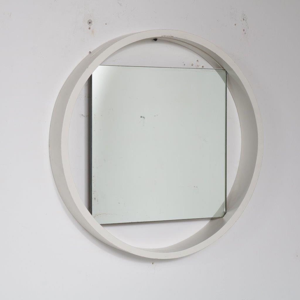 m22760 1950s White wooden round wall mounted mirror Bruno Premsela Netherlands