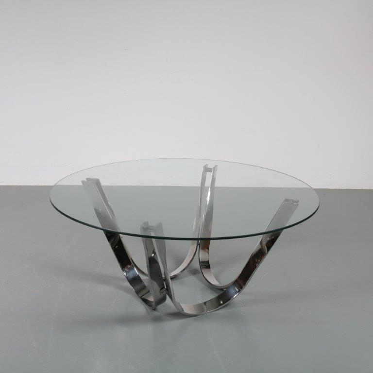 m22981 1960s Round coffee table on chrome plated metal base with glass top Roger Sprunger Dunbar Furniture / USA