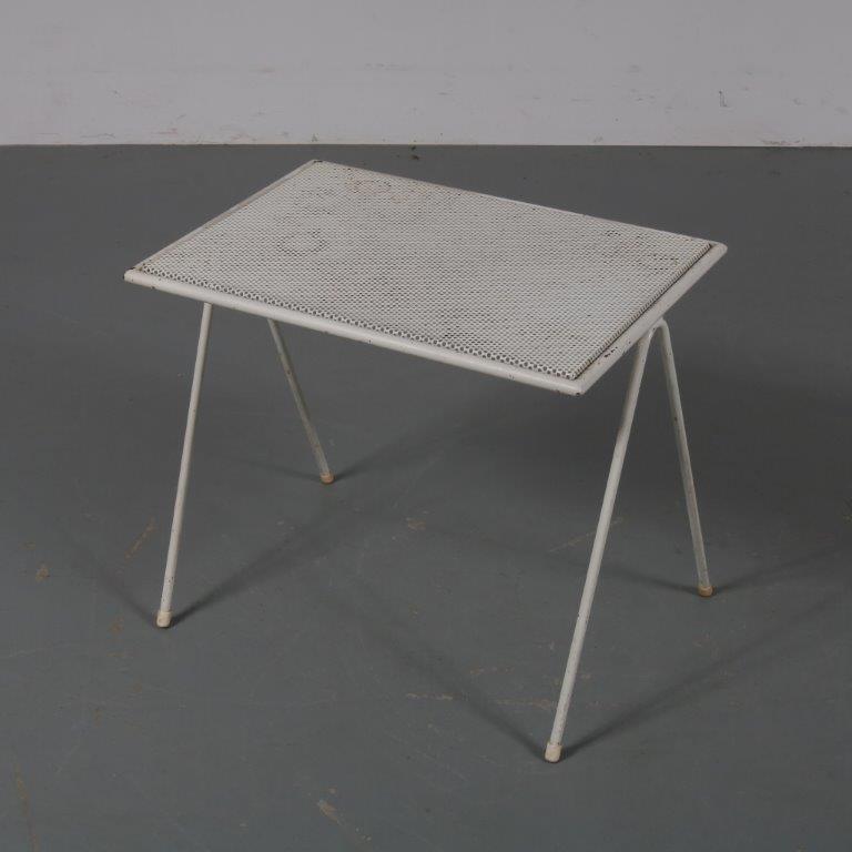 19091 m23000 1950s White perforated metal magazine rack Mathieu Matégot Artimeta / Netherlands