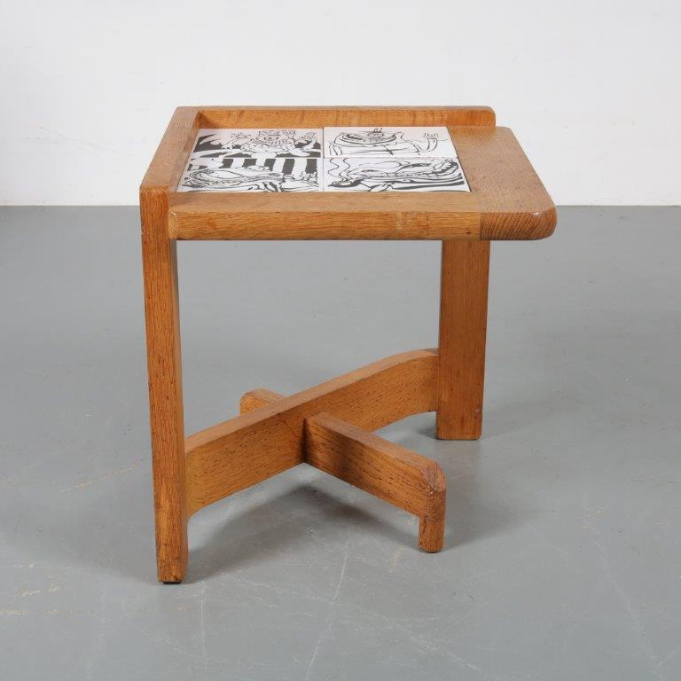 m23007 1960s Nice styled oak wooden side table with inlay tiles Guillerme & Chambron France
