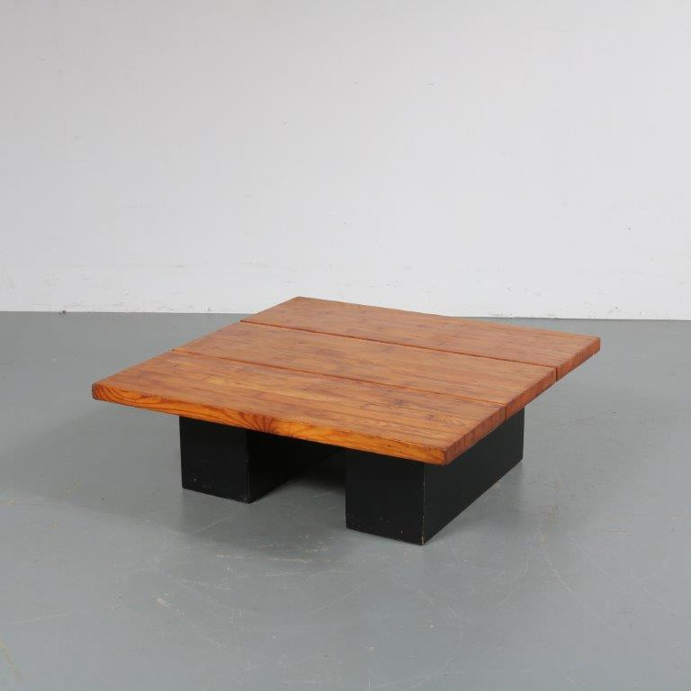 m23038 1950's square coffeetable on black wooden base with pine top Tapiovaara Laukaan Puu / Finland