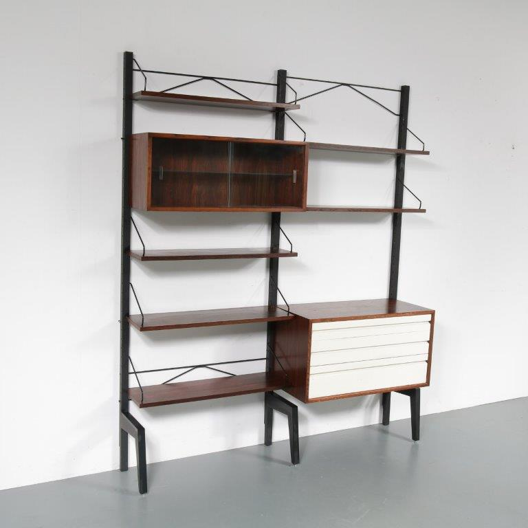 m23178 1960s Rosewood with white wood wall system on black metal stands Poul Cadovius Royal System / Denmark