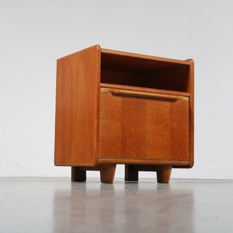 m22950 1950s Oak night stand Cees Braakman Pastoe / Netherlands