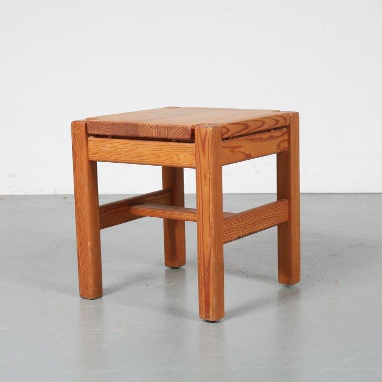 m23003 1960s Pine stool Ilmari Tapiovaara Laukaan Puu / Finland