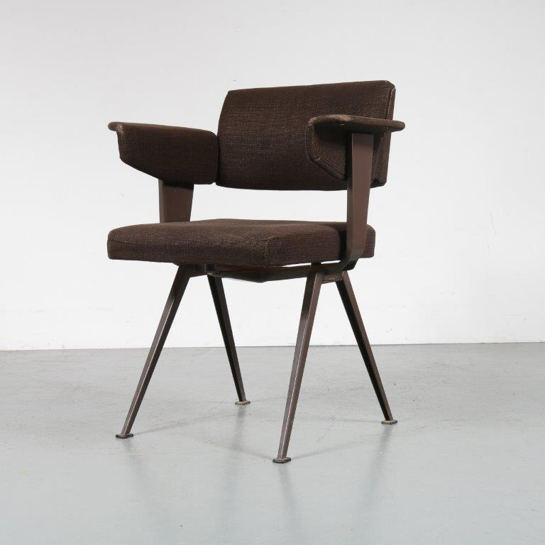 m23199 1950s Resort chair in brown metal with original brown fabric upholstery Friso Kramer Ahrend de Cirkel / Netherlands