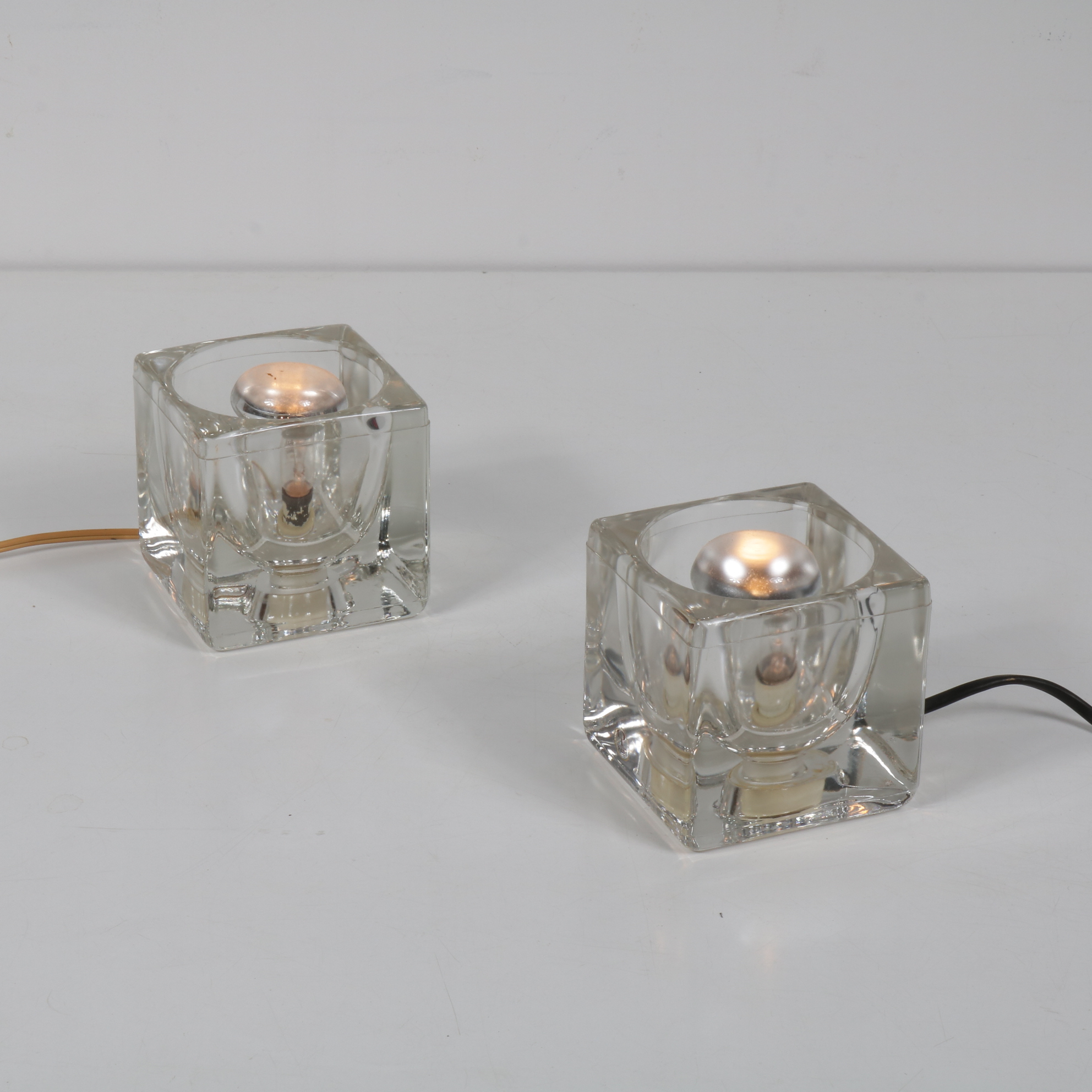L3755 1960's Nice quality glass cube lamp Putzler / Germany