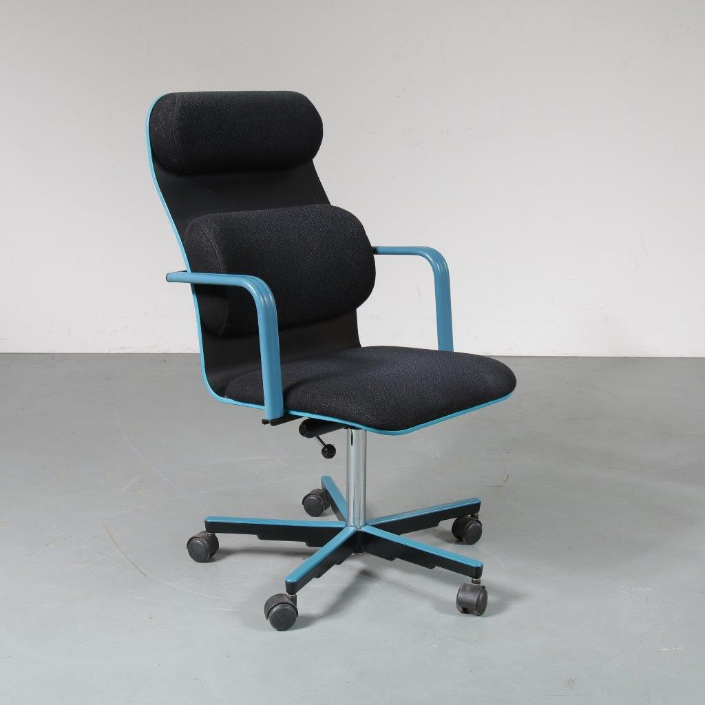 m23251 1980s Desk chair Yrjö Kukkapuro Avarte / Finland