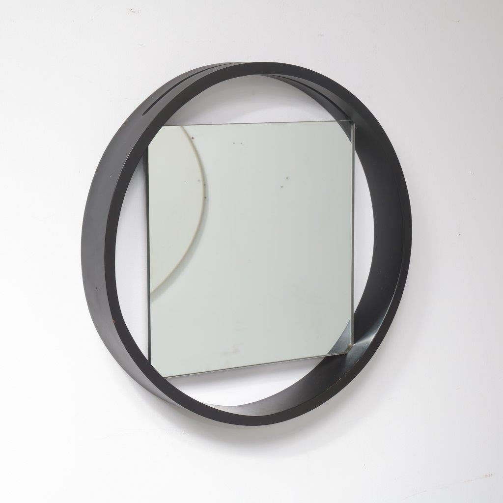 m23310 1950s Square mirror with round white wooden frame Benno Premsela Spectrum / Netherlands