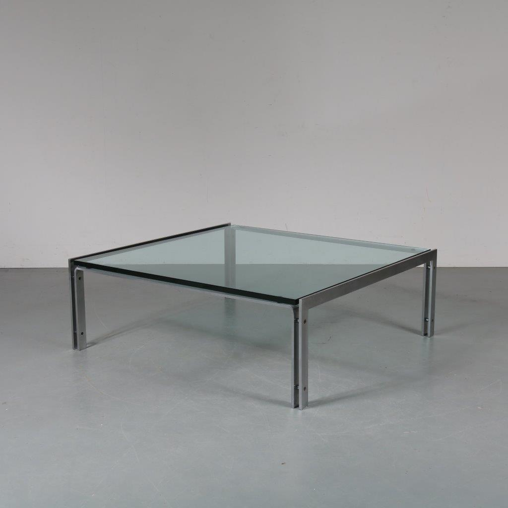 m23279 1970s Nice quality square coffee table on heavy metal base with thick glass top Metaform / Netherlands