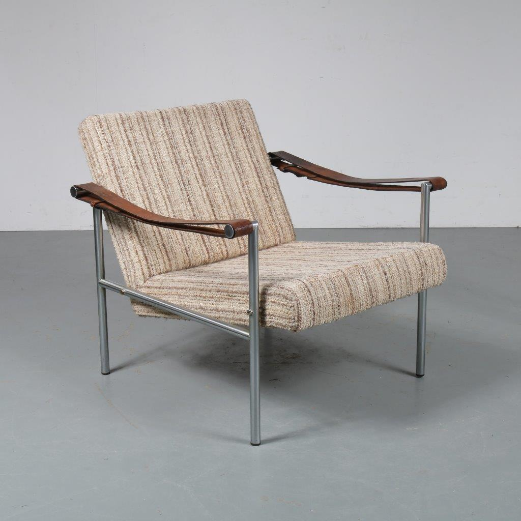 m23422 1960s Rare easy chair on stainless steel base with original upholstery and leather armrests Martin Visser + Dick vd Net Spectrum / Netherlands