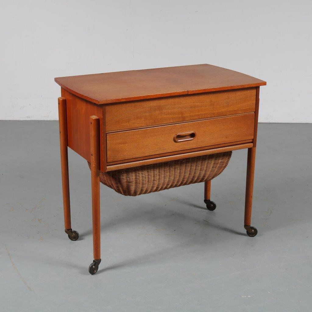 m23392 1950s Scandinavian style teak sewing table with wicker basket Netherlands