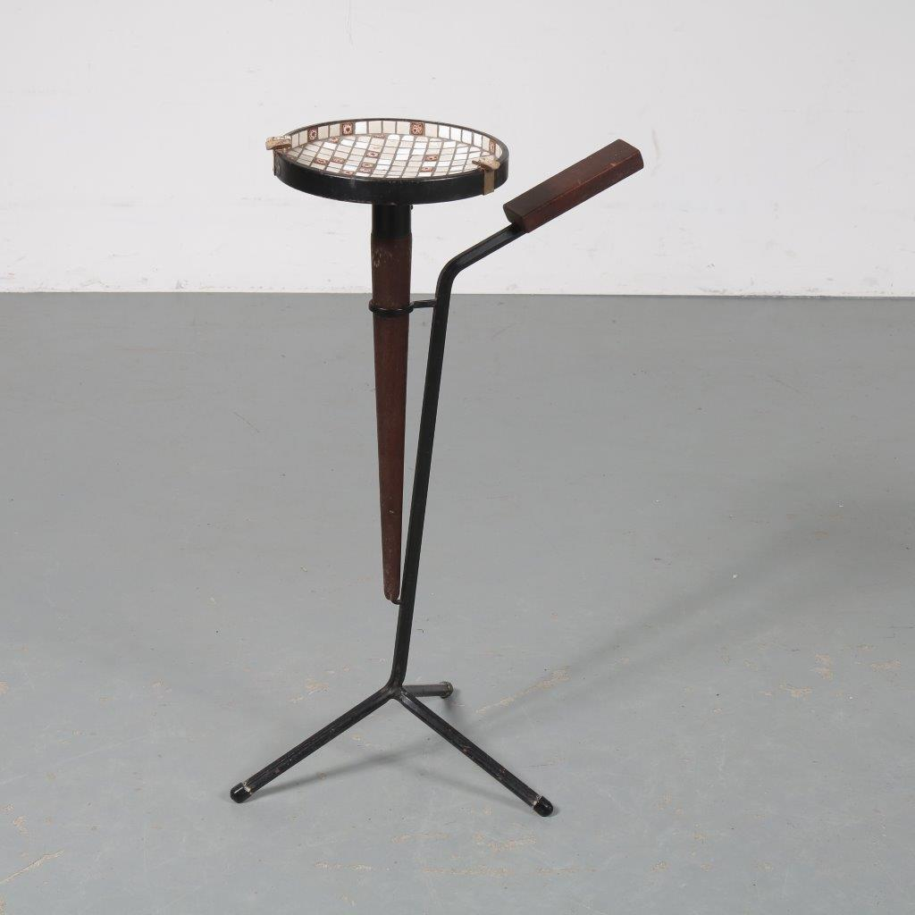 m23424 1950s Ashtray on tripod base with mosaic tray and wooden grip