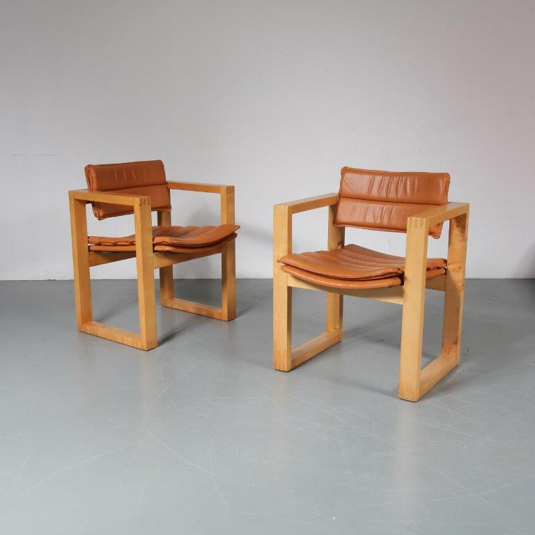1960s Pair of square pine wooden easy chairs with cognac leather upholstery, Ate van Apeldoorn, Houtwerk Hattem Netherlands