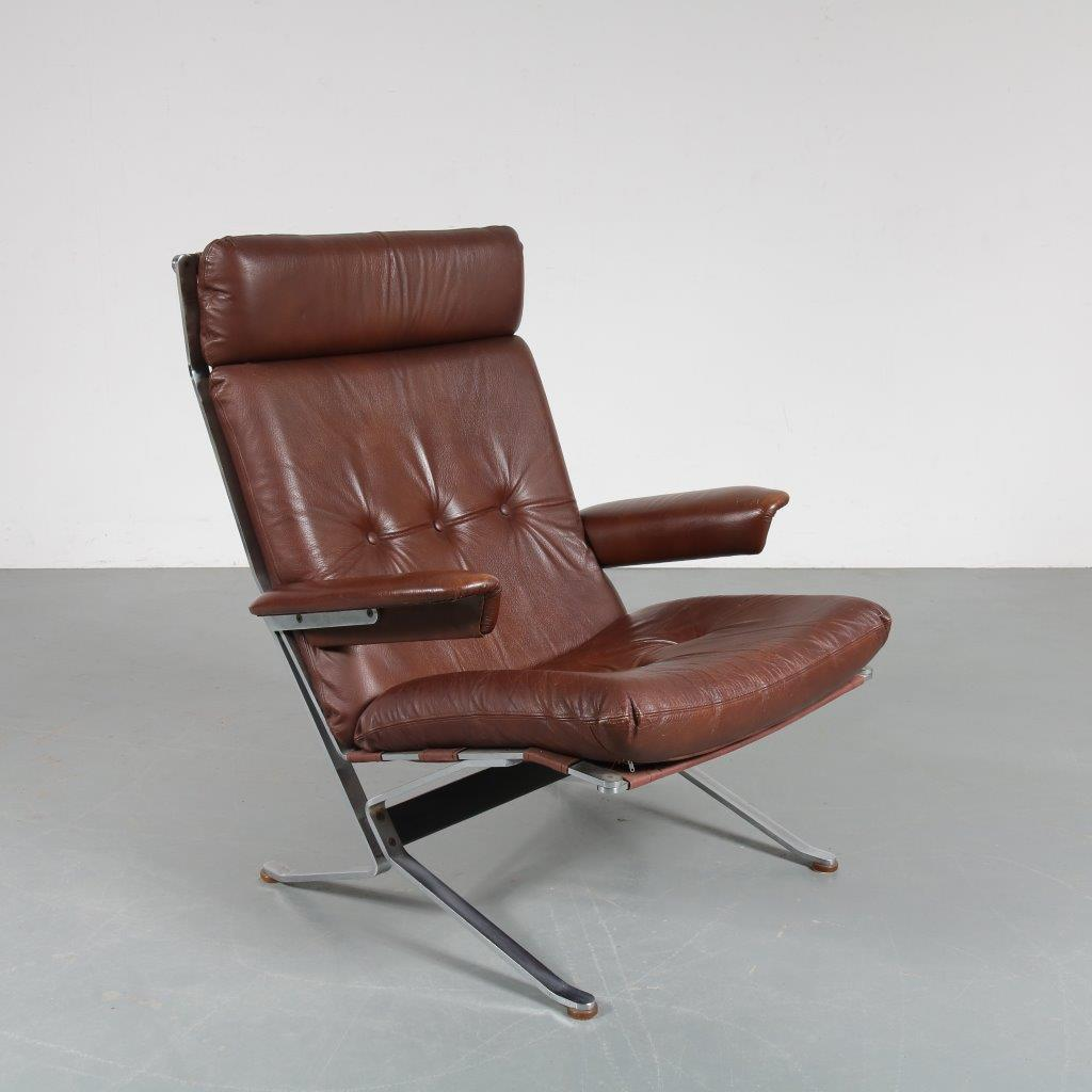 m23468 1960s Norwegian easy chair on solid chrome metal base with brown canvas and leather upholstery Norway
