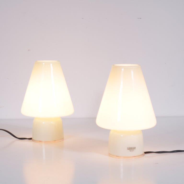 L4183 1990s Pair of glass bed lamps Allesandro Mendini Sidecar / Italy