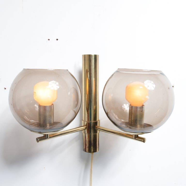 L4308 1960s Wall lamp brass frame with smoke glass balls hans agne Jakobsson Markaryd Sweden