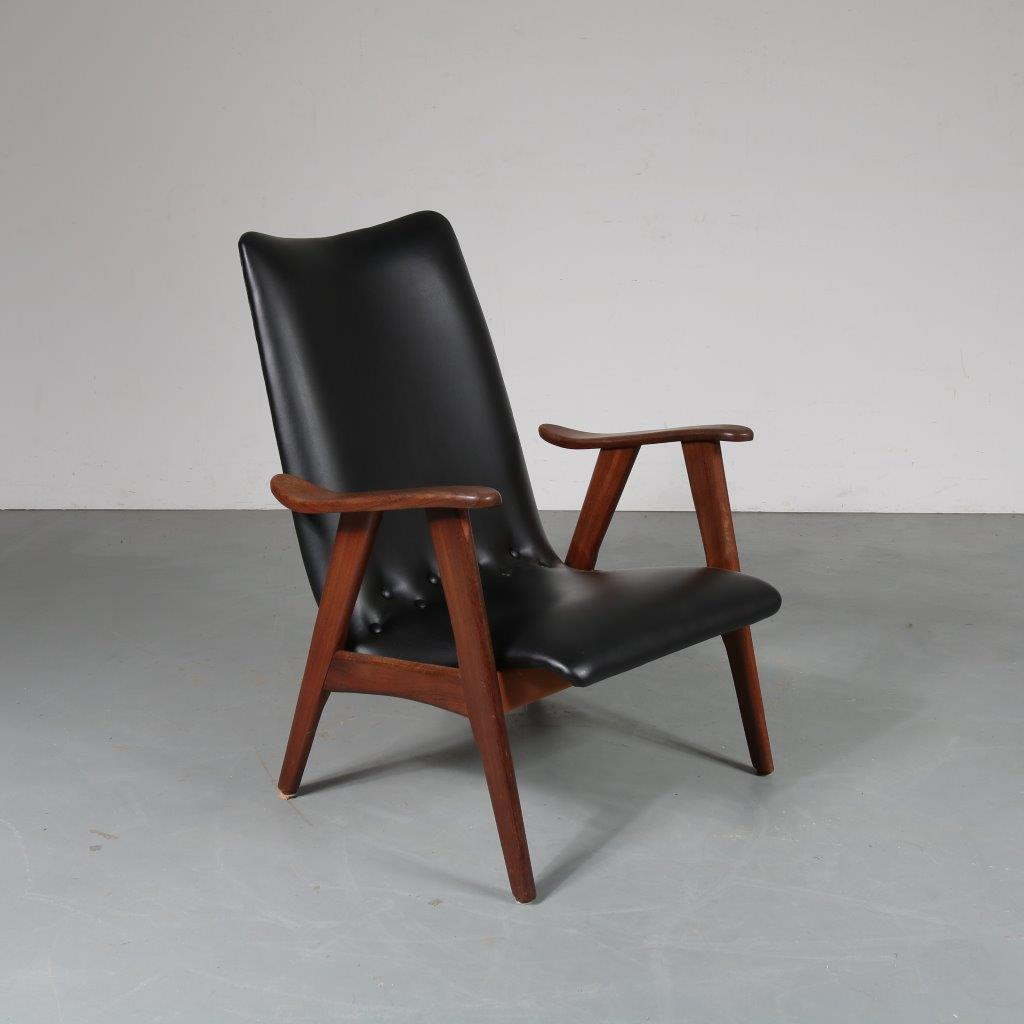 m23508 1950s Teak easy chair with black skai upholstery Louis van Teeffelen WéBé / Netherlands