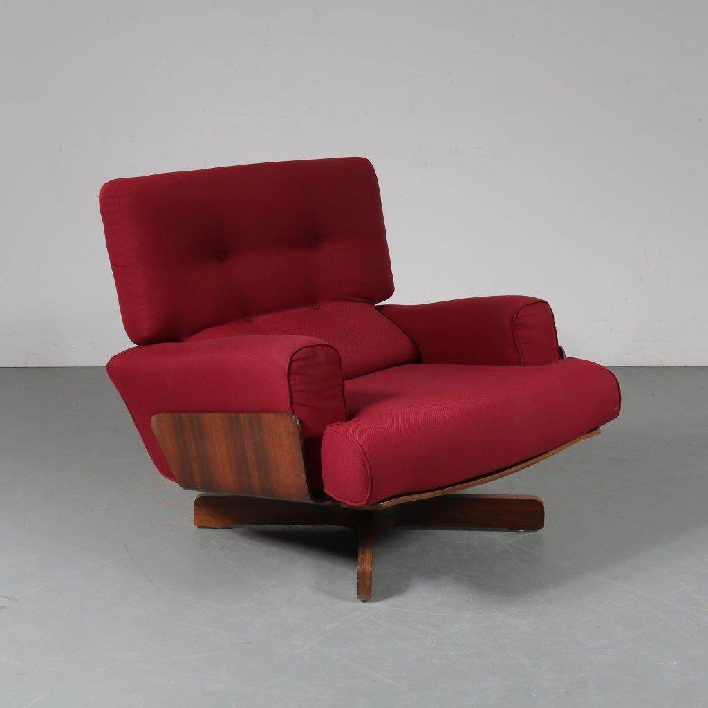 1964 Armchair nr. 401 in leather and rosewood with pouf by M. Taro for Cinova