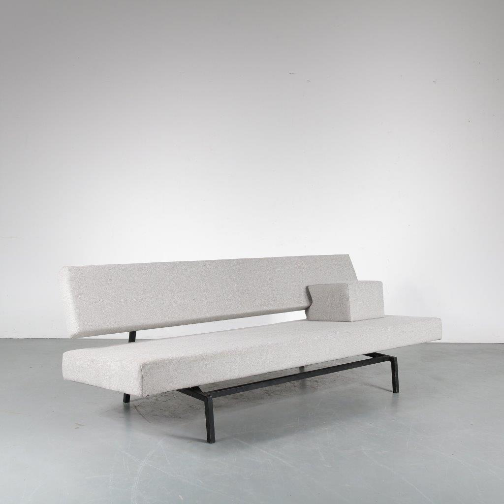 m23851 1950s 3-Seater sofa / sleeping bench on grey metal square frame with new grey Fleck Pebble upholstery Martin Visser Spectrum / Netherlands