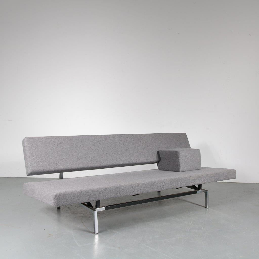 m23822 1960s 3-Seater sofa / sleeping bench on square chrome with black metal base , new dark grey Fleck Basalt upholstery Martin Visser Spectrum / Netherlands