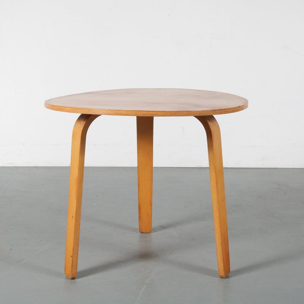 m23877 1950s Small high coffee table in oak plywood Cees Braakman Pastoe / Netherlands