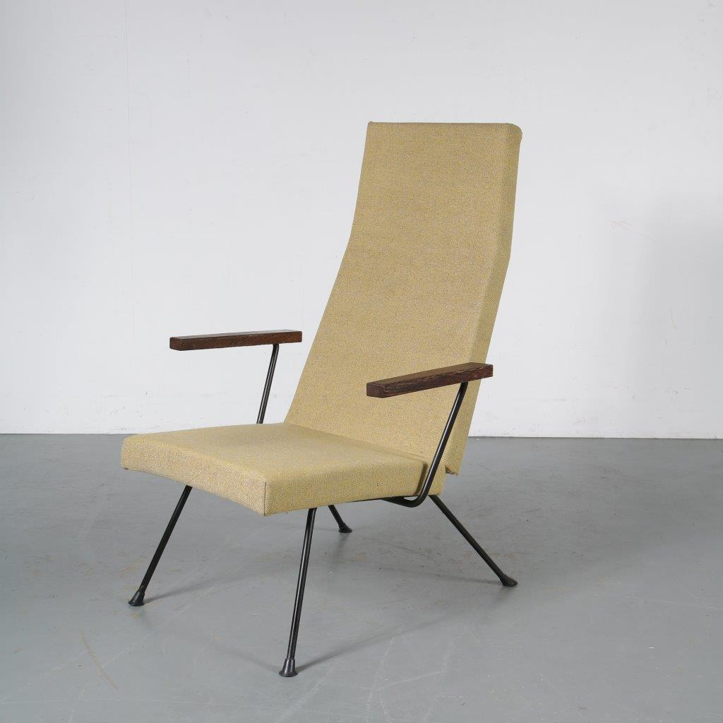 m23861 1950s Highback lounge chair model 1410 with wooden armrests André Cordemeijer Gispen / Netherlands
