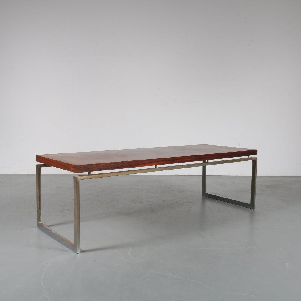 m23863 1960s Rectangular coffee table in rosewood with chrome metal frame Gelderland style / Netherlands