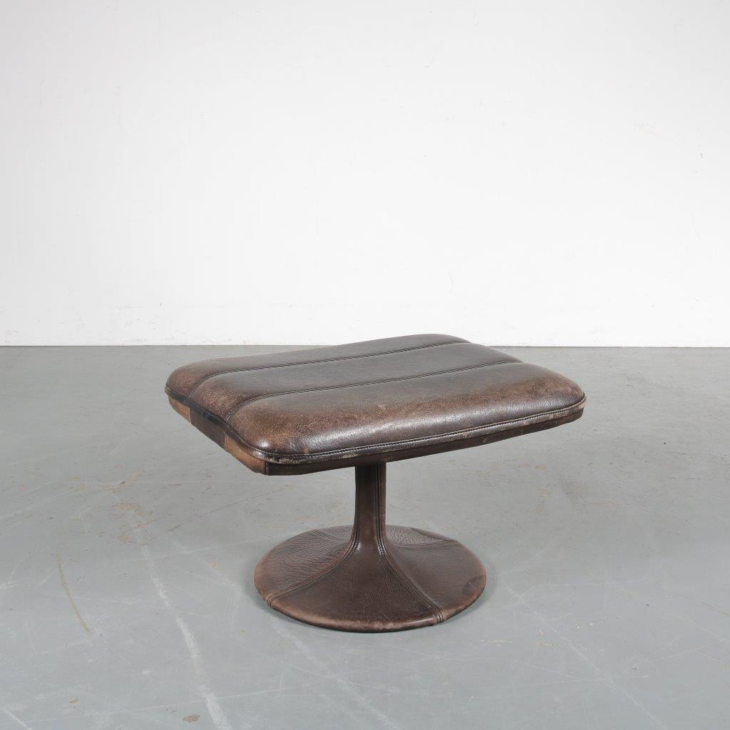 m23804 1960s Brown leather hocker / stool De Sede / Switzerland