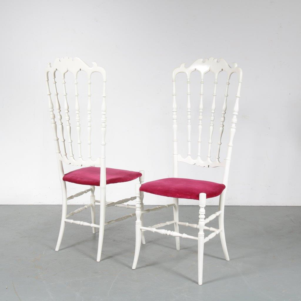 m23483 1960s Set of two white wooden Chiavari chairs with red fabric upholstery Chiavari / Italy