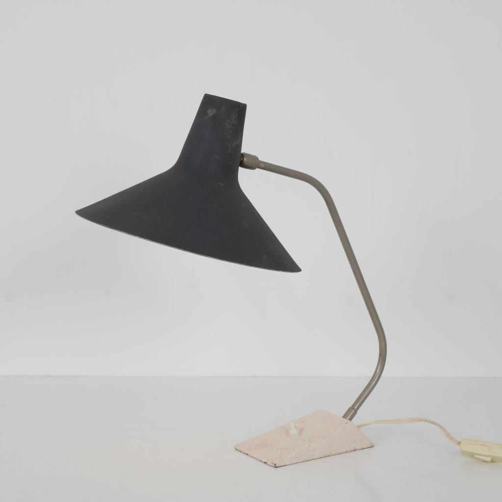 m23743 1950s Grey with black metal desk lamp Stilnovo / Italy