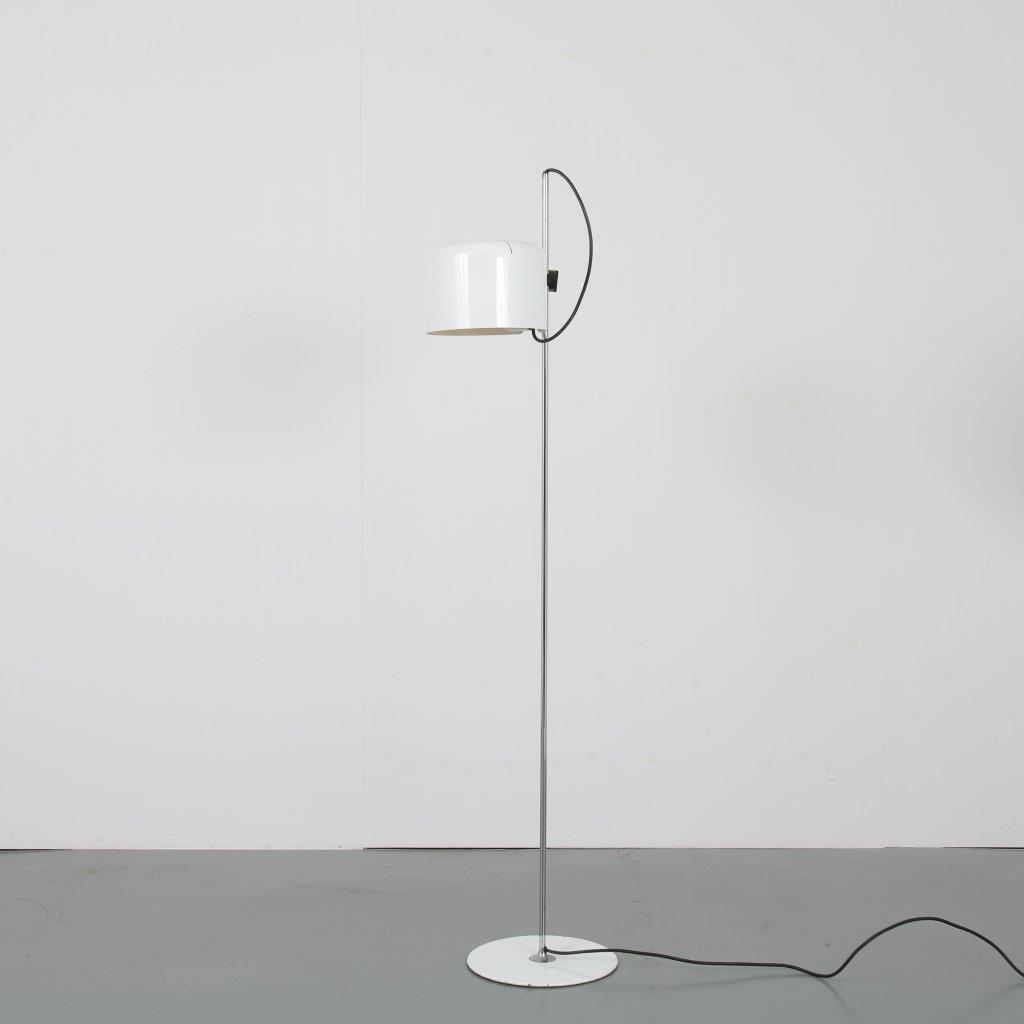 L4431 1970s Chrome with white metal floor lamp model Coupe Joe Colombo O-Luce / Italy