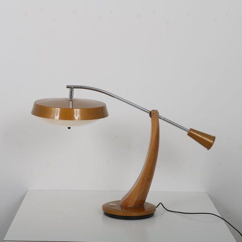L4477 1960s President desk lamp Fase / Spain