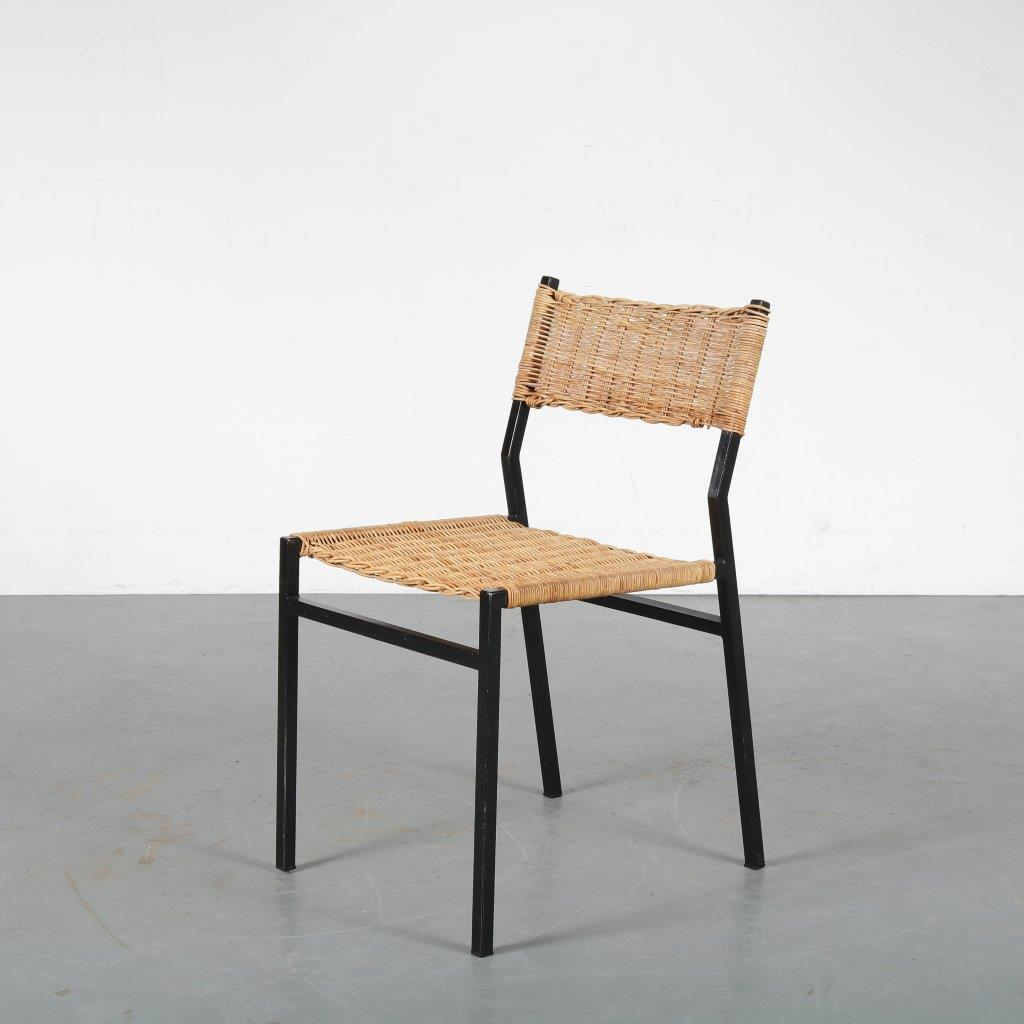 m23922 1960s Dining chair on black metal square base with wicker upholstery Martin Visser Spectrum / Netherlands